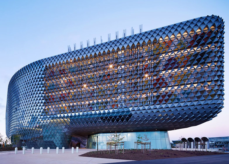 South Australian Health and Medical Research Facility by Woods Bagot