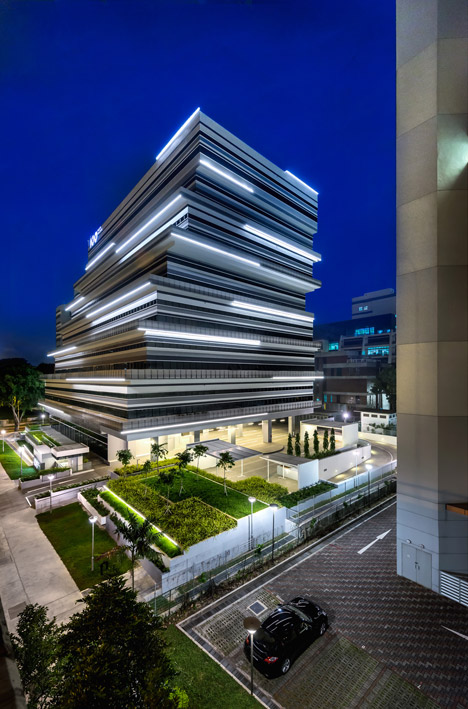 100PP office building by MOD