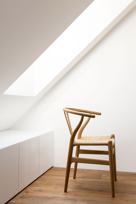 Attic Apartment by Arhitektura d.o.o.