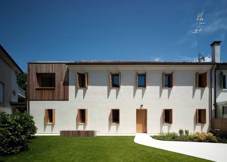 Casa Fiera by Massimo Galeotti Architetto