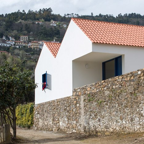 SAMF reinterprets traditional Portuguese farmhouses with Casa dos Caseiros