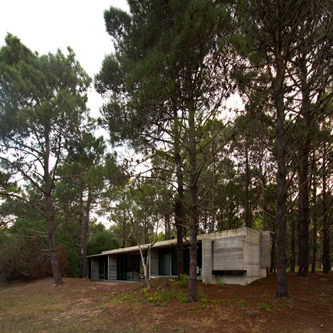 Concrete cabin by Luciano Kruk Arquitectos&ltbr /&gt built in an Argentinian woodland