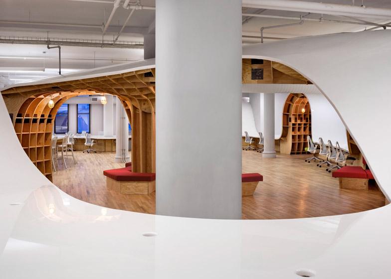 futuristic office ditches cubicles super. Futuristic Office Ditches Cubicles Super. 4 Of 13; Barbarian Offices By Clive Wilkinson Super Qtsi.co