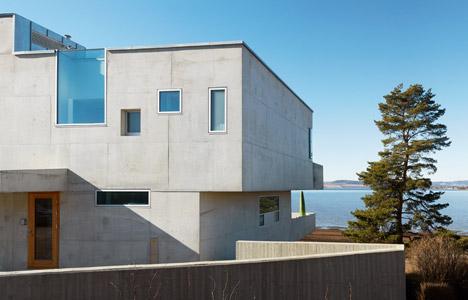 Concrete House in Stange by Carl-Viggo Hølmebakk