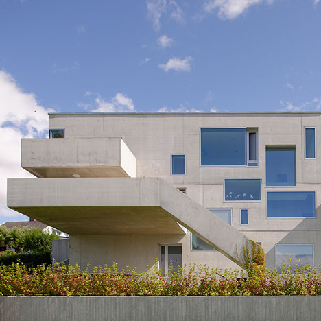 Concrete-House-in-Stange-by-Carl-Viggo-Holmebakk_dezeen_SQ02