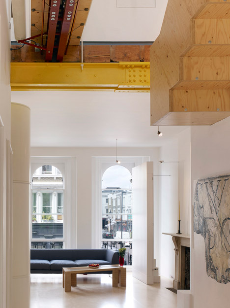 Elgin Crescent apartment by Andrew Pilkington