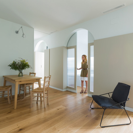 FLATMATE_Apartment_by_Nook_Architects_dezeen_sq02