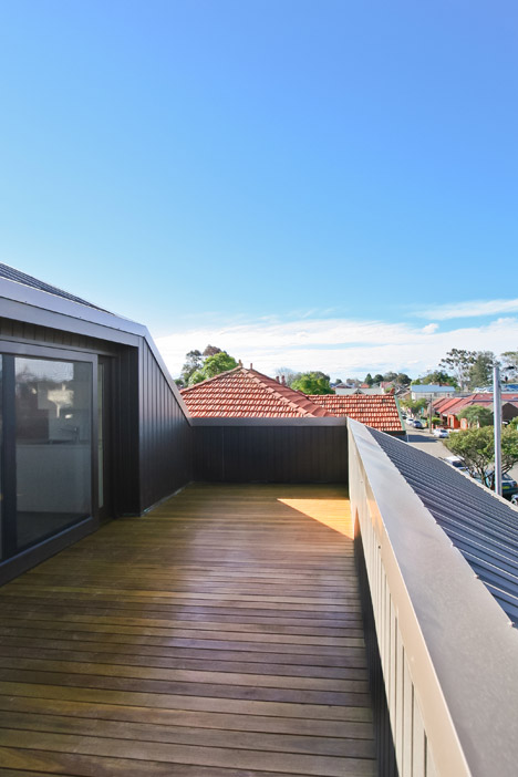 Five Courts House by Matthew Gribben Architecture