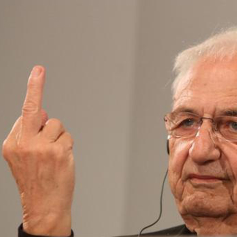 Frank-Gehry-giving-journalists-the-finger-architecture-dezeen