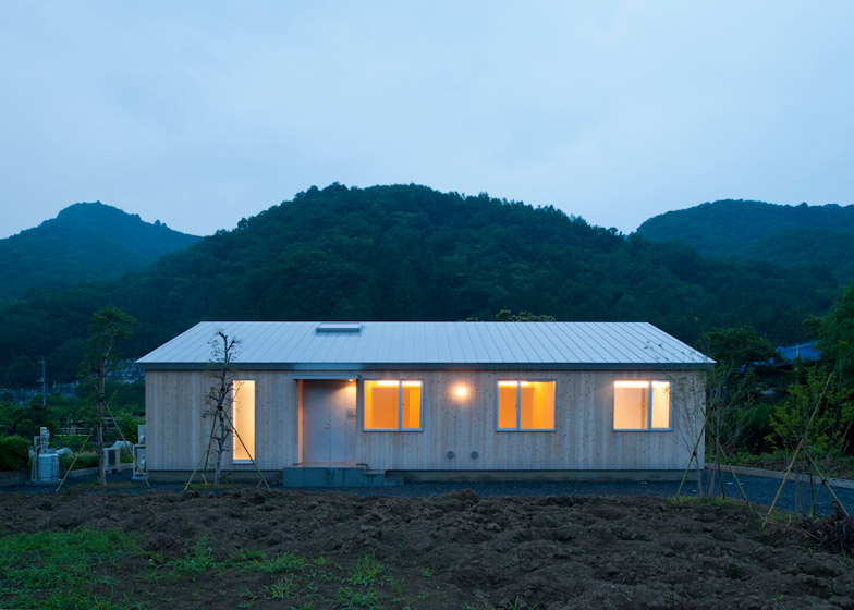 House in Nagatoro by Case-Real