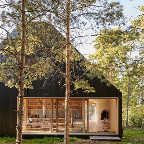 Tham & Videgård's Husarö House is a scenic retreat on the Stockholm archipelago