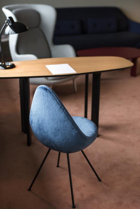 Jaime Hayón refurbishes Room 506 in Arne Jacobsen's SAS Hotel
