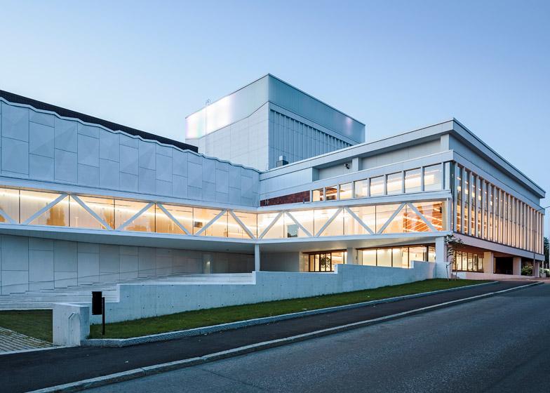 Kuopio City Theatre by ALA