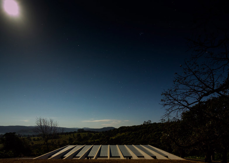 Lune de Sang Sheds by CHROFI
