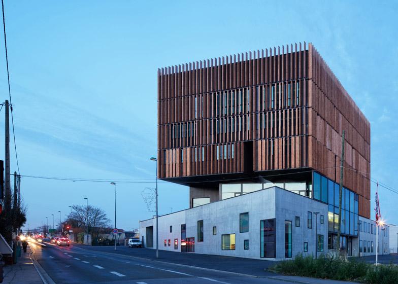 Mantois Technology Centre by Badia Berger Architectes