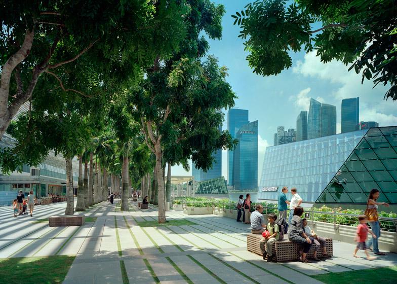 Marina Bay Sands by Moshe Safdie