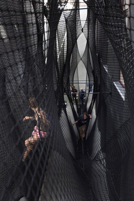 Net Linz OK center for contemporary art Numen/For Use