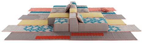 Bandas rugs by Patricia Urquiola