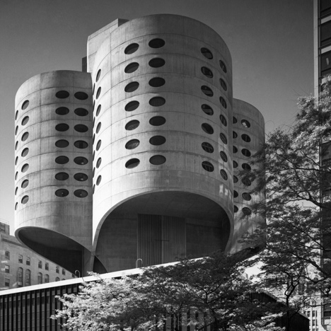 Brutalist buildings: Prentice Women's Hospital,<br /> Chicago by Bertrand Goldberg & Associates