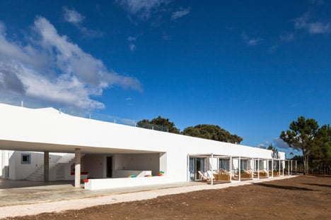 Rural Tourism in Odemira by [i]da arquitectos