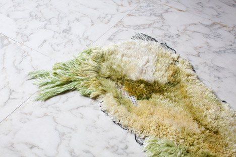 Sea Me algae rug by Studio Nienke Hoogvliet