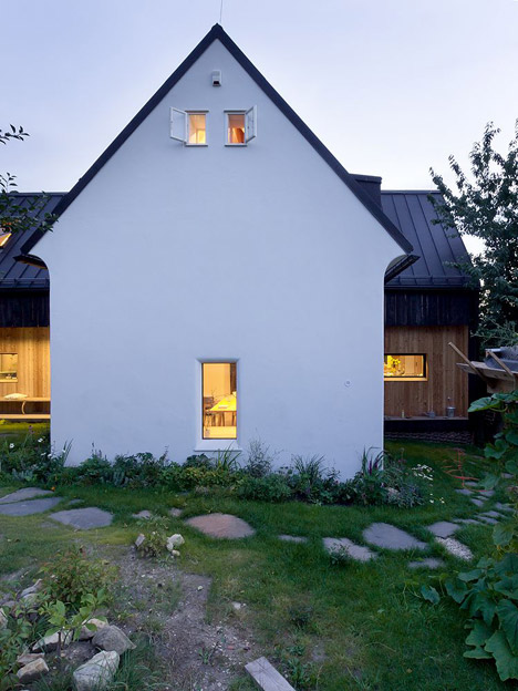 Studio_and_House_in_Prague_by_A1Architects_dezeen_468_6