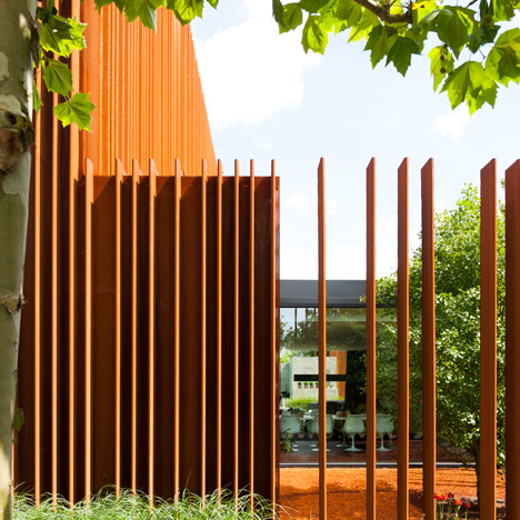 The-Corten-House-by-DMOA-architects_dezeen_468_4