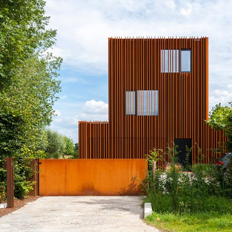 The Corten House by DMOA architects