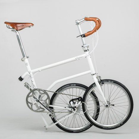 "Valentin Vodev's Vello bike folds with ""a simple kick"" thanks to one big magnet"