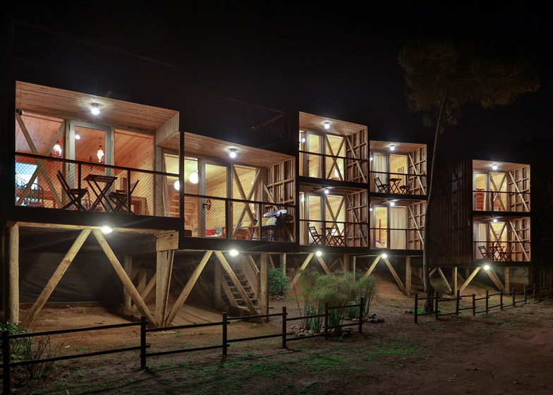 Chile Hostal Ritoque by Gabriel Rudolphy and Alejandro Soffia