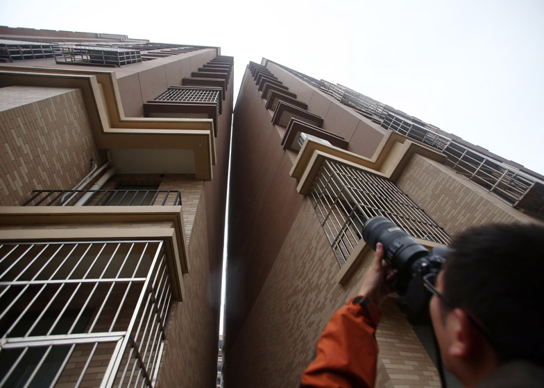 Shanghai towers deemed safe by inspectors