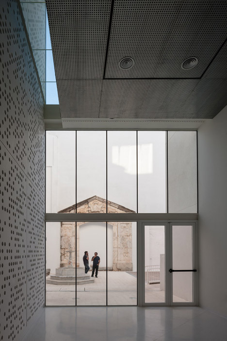 Badajoz Fine Arts Museum extensions feature perforated walls