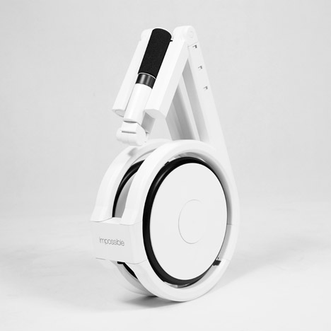 Impossible Technology's electric bicycle folds away into a backpack