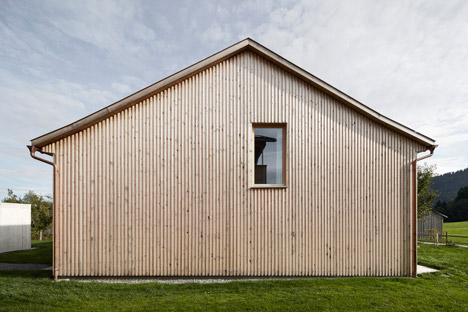 Haus Feurstein by Innauer Matt