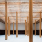 Furumori Koichi adds timber latticework to a concrete Japanese temple extension
