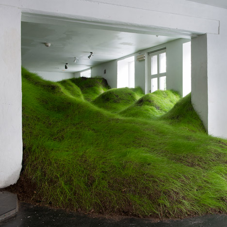 Per Kristian Nygård crams a grassy valley into an Oslo gallery