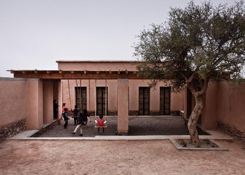 Preschool of Aknaibich by BC architects
