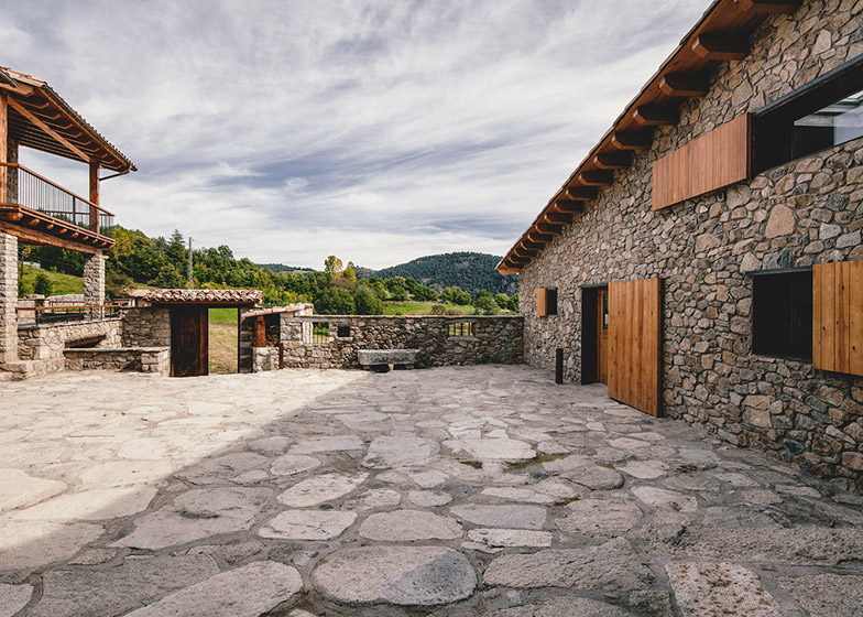 Spanish farmhouse revived by Dom Arquitectura with modern materials and details