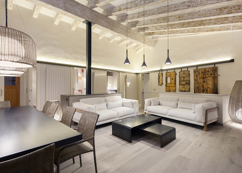 Rehabilitación en la Cerdanya by Dom Arquitectura