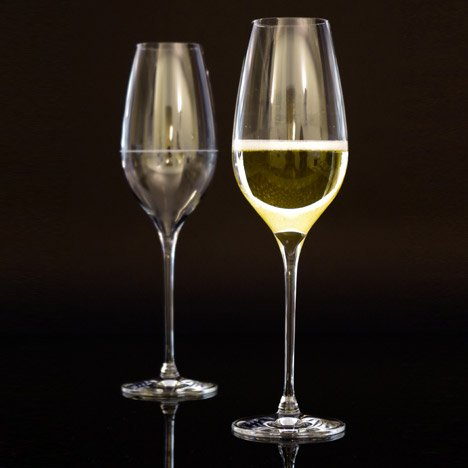 Richard Juhlin Optimum champagne glass by Claesson Koivisto Rune