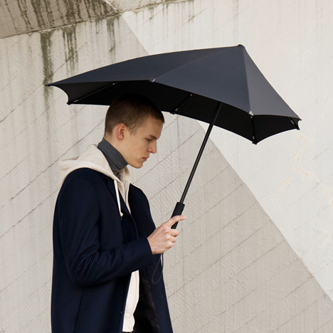 Senz windproof umbrellas receive graphics by Yoske Nishiumi
