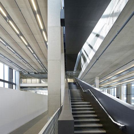 University-of-Greenwich-Stockwell-by-Heneghan-Peng_dezeen_sq1