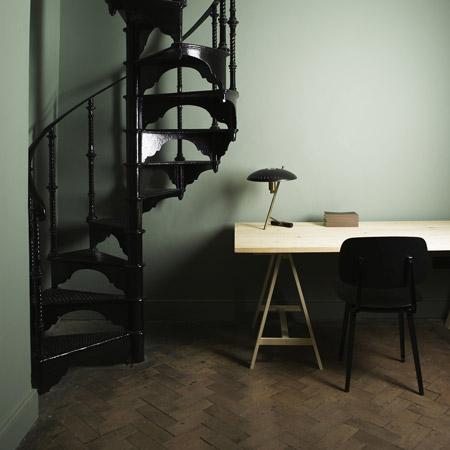 4-stairway-aesop-studsq