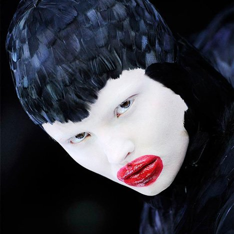 Alexander McQueen: Savage Beauty, V&A