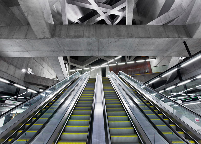 Budapest metro station by Spora Architects