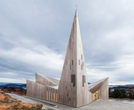 Community Church, Knarvik by Reiulf Ramstad