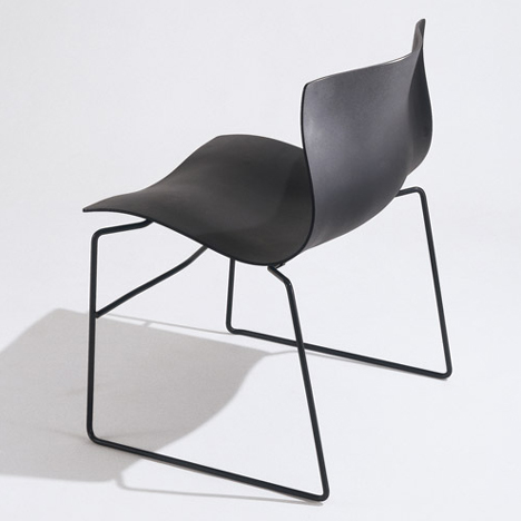 Handkerchief chair by Massimo and Lella Vignelli