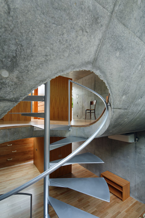 House in Byobugaura by Takeshi Hosaka
