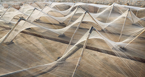 Loom Hyperbolic by Barkow Leibinger