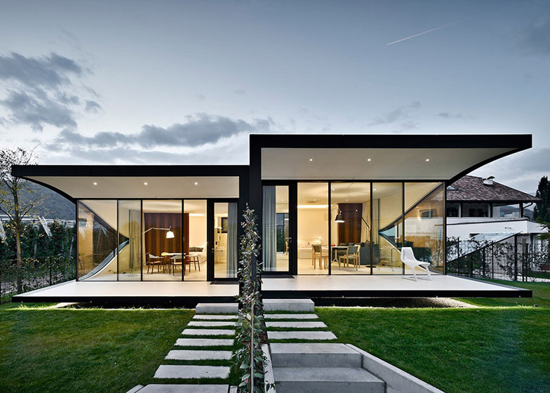 Mirrorr Houses by Peter Pichler